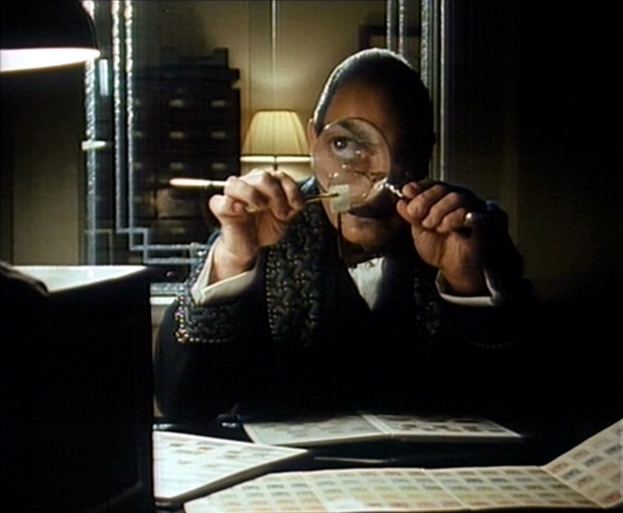Poirot Stamps Magnifying Glass